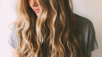 These Are The 9 Best Texture Sprays For Seriously Enviable Waves