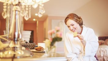 6 Things Brides Forget To Do The Morning Of Their Wedding